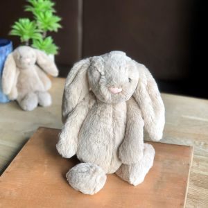 Jellycat Bashful Beige Bunny: Medium